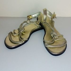 Cole Haan NWOT gold-braided braided flat sandal